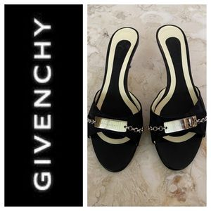 GIVENCHY Leather Kitten Heel Slip On Sandals